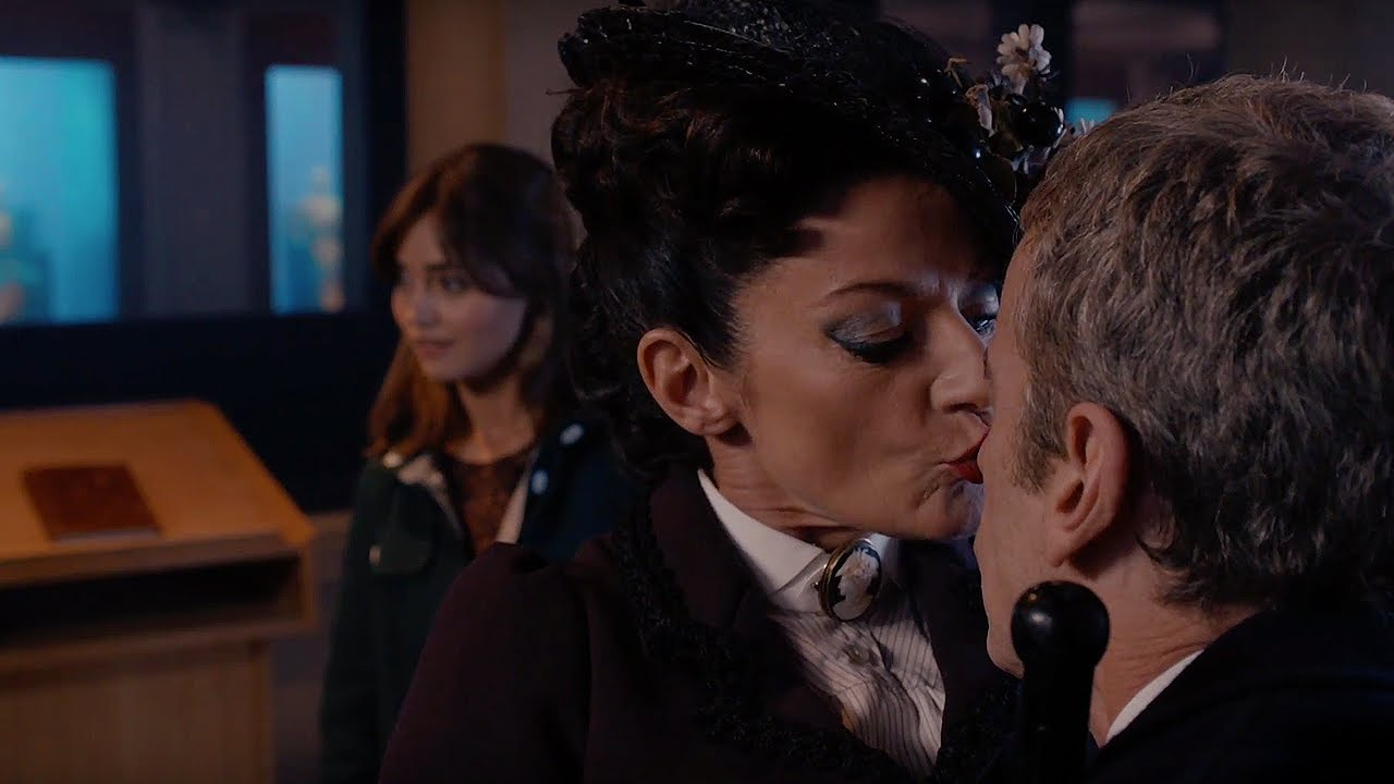 Missy kissing the doctor