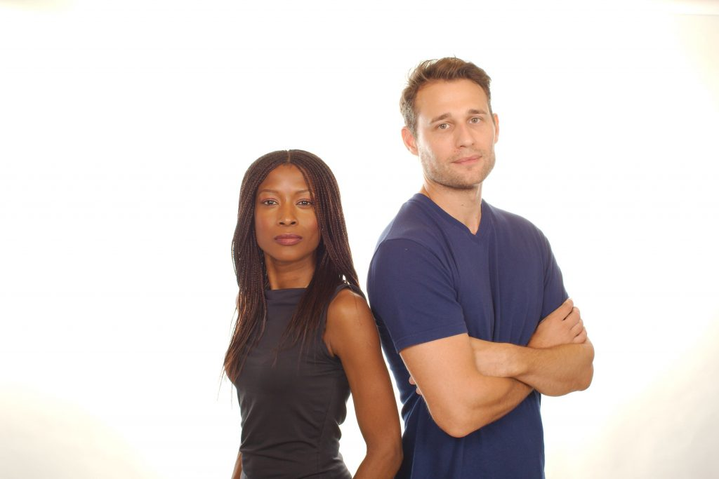 Yasmin Bannerman and Travis Oliver as Roz Forrester and Chris Cwej
